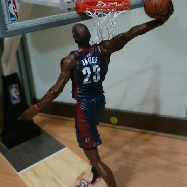 NBA Lebron James 騎士 詹姆斯 cavs 麥法蘭 公仔 LBJ