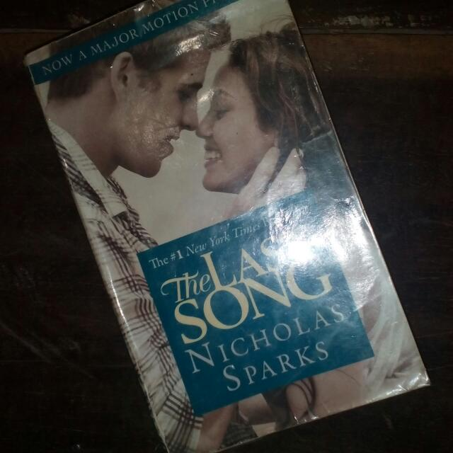 🔒 Nicholas Sparks' The Last Song
