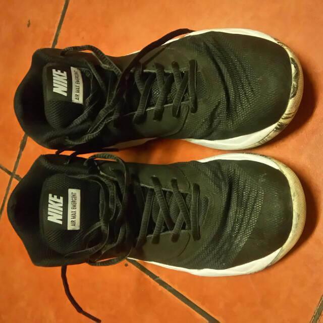 Repriced!!!Nike Air Max (size 8)