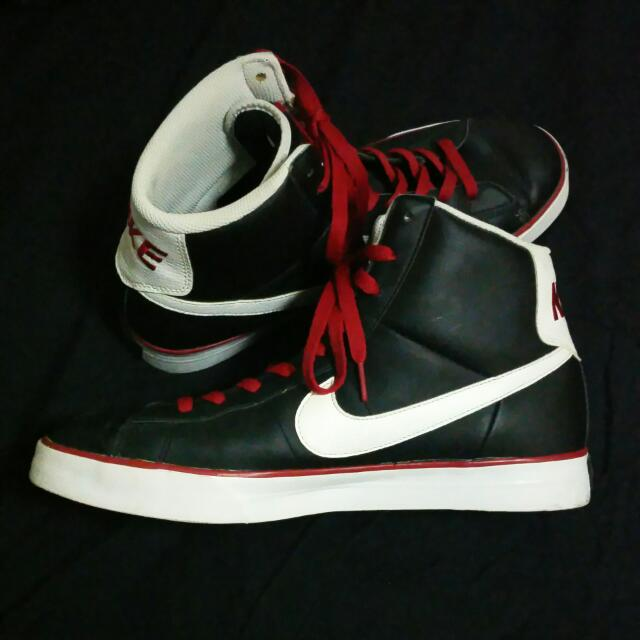 Nike High Cut Shoes