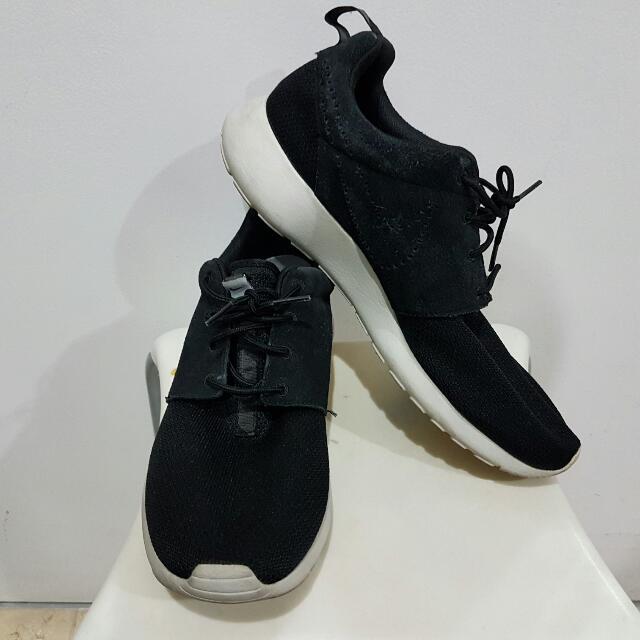 Nike Roshe Run US10 EU44