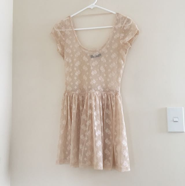 Size 8 Lace Dress