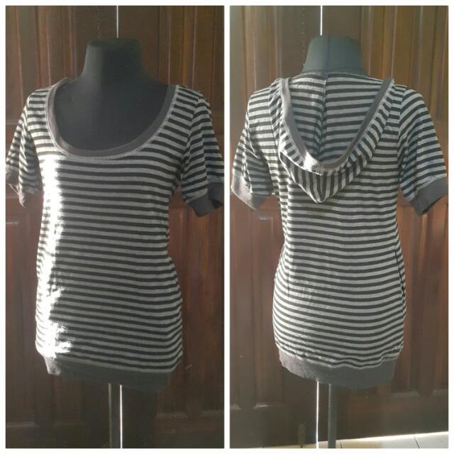 (Repriced)Stripe Hoodie Top
