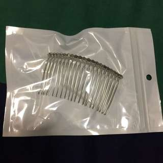 BN and sealed Wedding Veil Tooth Comb