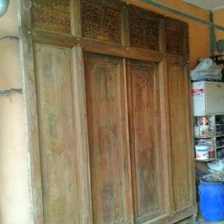 Pintu Ukiran Antik