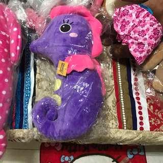 全新 海馬抱枕 娃娃