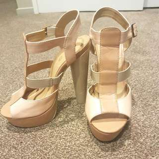 Oxford Heels Size 7