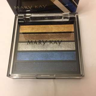 Mary Kay Eyeshadow Palette