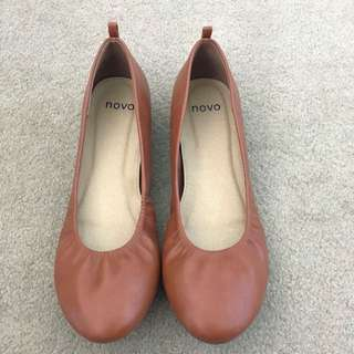 Novo Tan Brown Flats/ballet Shoes