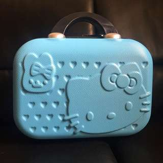 """Hello Kitty 12"""" Hand Carry Luggage"""