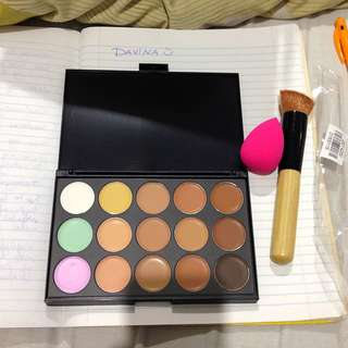 Concealer And Contour Palette Set