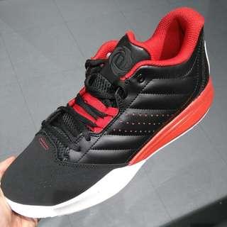 D Rose籃球鞋 紅黑白配色