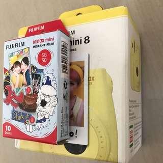 Fuji Instax Mini 8 (reserved)