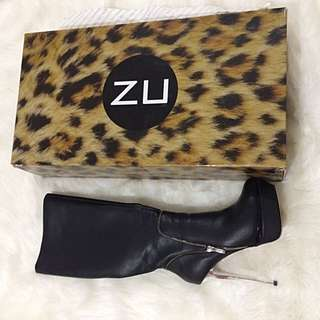 Zu Leather Boots Size 8