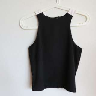 Halterneck Sleeveless Cropped Top