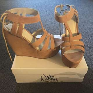 Wittner Leather Wedges