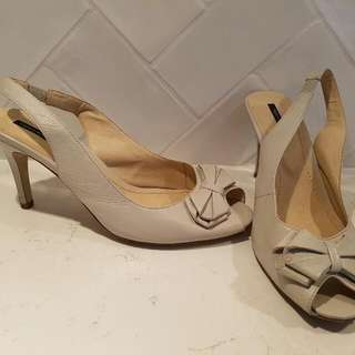 TONY BIANCO Cream Bone Leather Slingback Ladies Heels Size 8
