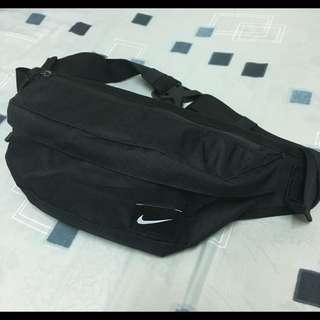 Nike 腰包 日本公司貨