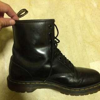 Dr Martens Boots Uk9 In Black