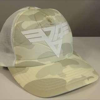 BAPE Camo Logo Cap (white)