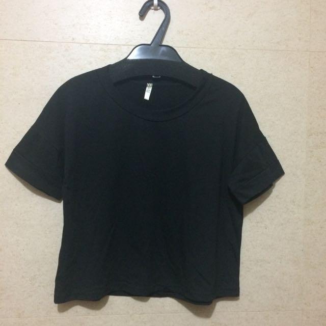 黑色短版寬上衣