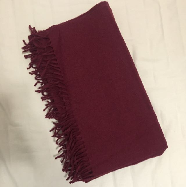Aritzia  wool scarf