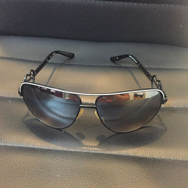 Authentic Guess Shades