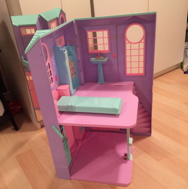 Barbie Dream house $50