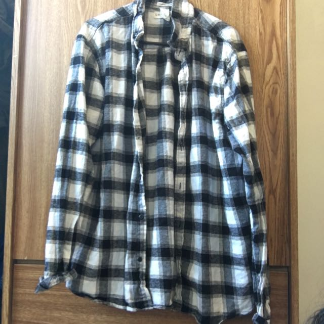 *Reserved*!Black And White Plaid Flannel