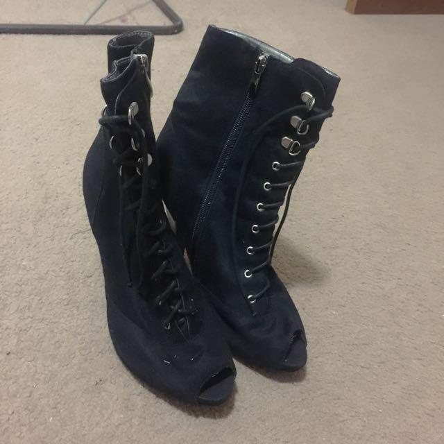 Black Tie-Up Boots