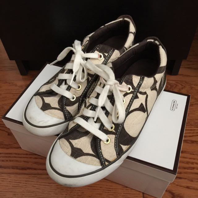 COACH SIGNATURE SNEAKERS SIZE 7