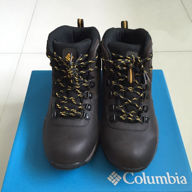 4221b544ef4 Columbia Youth Newton Ridge Waterproof Hiking Shoes