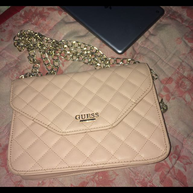 G BY GUESS - Elana Quilted Bag