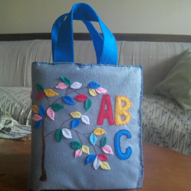 handmade flanel alphabet Mainan Pendidikan Anak