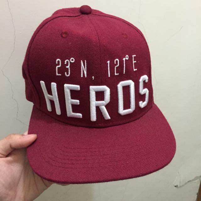 Heros 酒紅帽