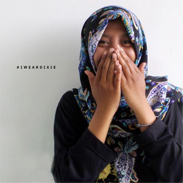 Jilbab Pashmina Motif Etnik bahan Adem