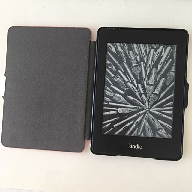 Kindle Paperwhite (1st Generation)