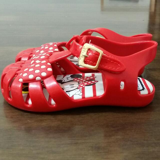 4c3e5061f373e Mini Melissa Girls Red Minnie Mouse Jelly Sandals on Carousell