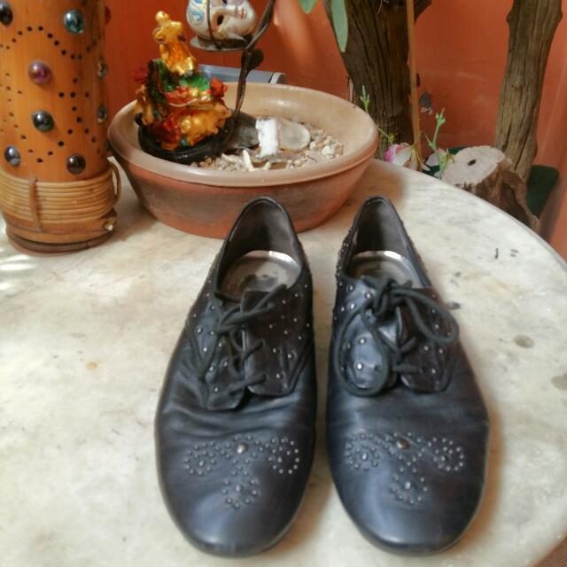Nine West Black Leather Shoes