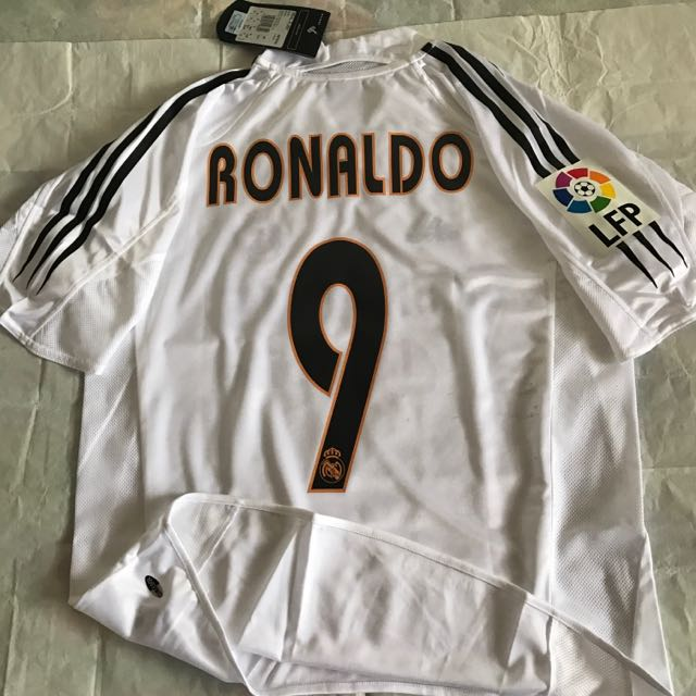 882721c19b6 Official Authentic Adidas Real Madrid CF 2004-2005 Home Jersey La Liga  RONALDO  9 Classic Vintage Shirts