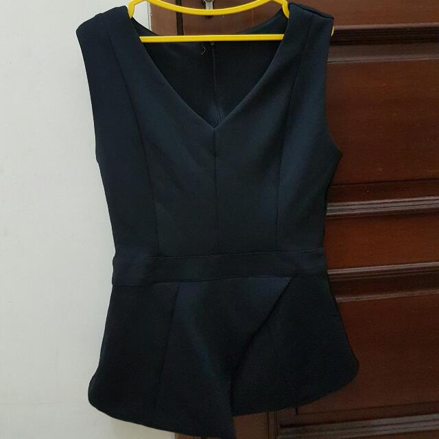 Preloved Black Flare Blouse