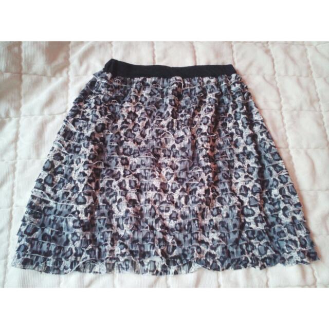 PRELOVED Leopard Printed Skirt