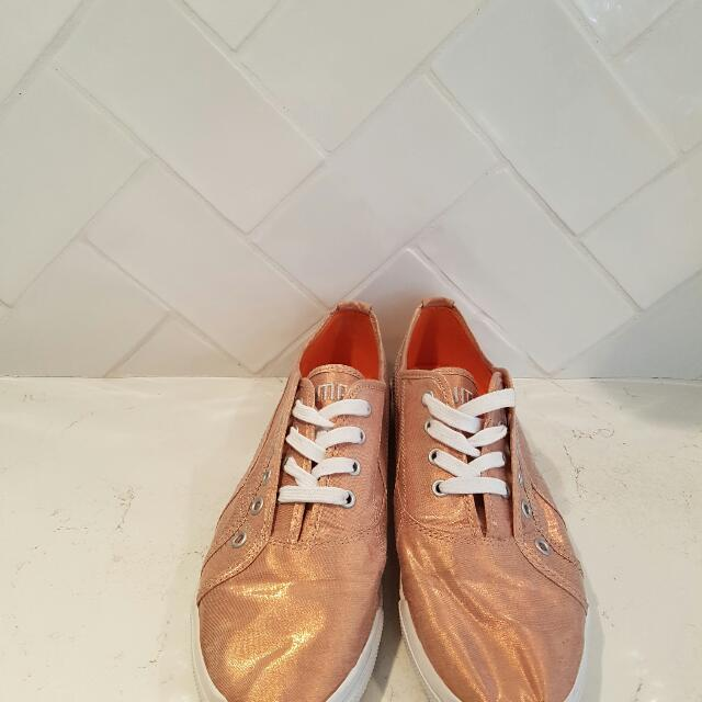 Puma Copper Rose Gold Limited Edition Shies Sneakers Size 9 Pre-loved Near-New Condition
