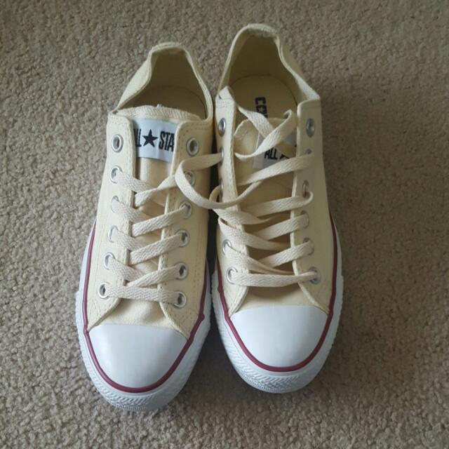 Shoes Converse Size: Men 4.5 And Women: 6.5