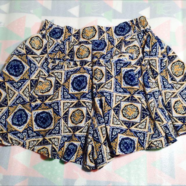 Skort ( Skirt/short )