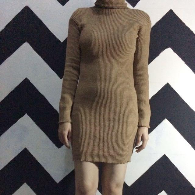 Turtleneck Bodycon Dress (Mocca)