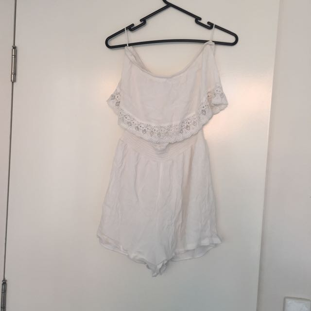 White Play suit Size S