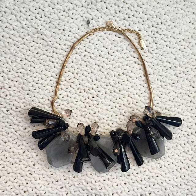 Witchery Chunky Statement Necklace