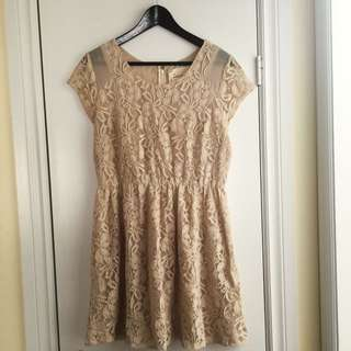 Ivory/Nude Short Sleeve Mini Dress