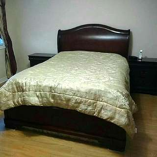 Queen Bed Set